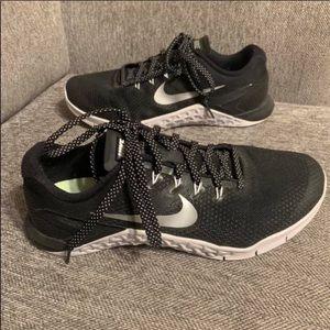 Women's Nike Metcon Size 9